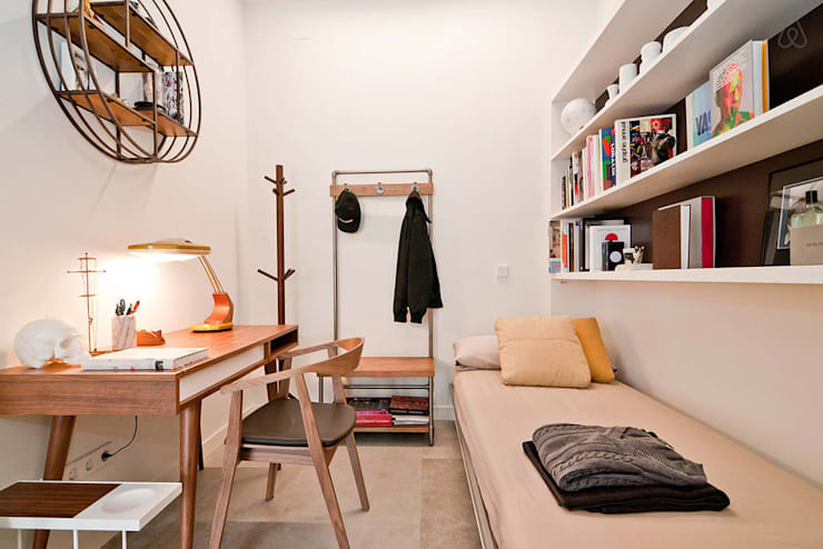 MADRID APARTMENT:  de estilo  de Cuarto Interior
