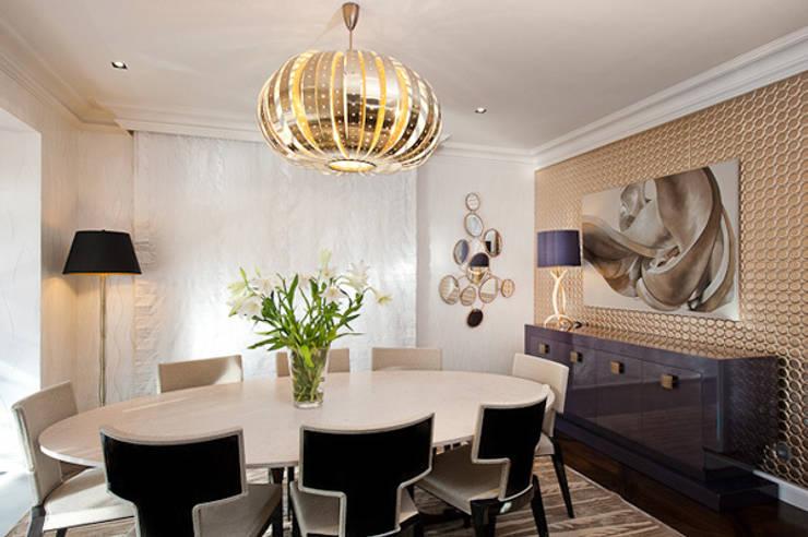Interiorismo ático duplex: Comedores de estilo moderno de Isa de Luca