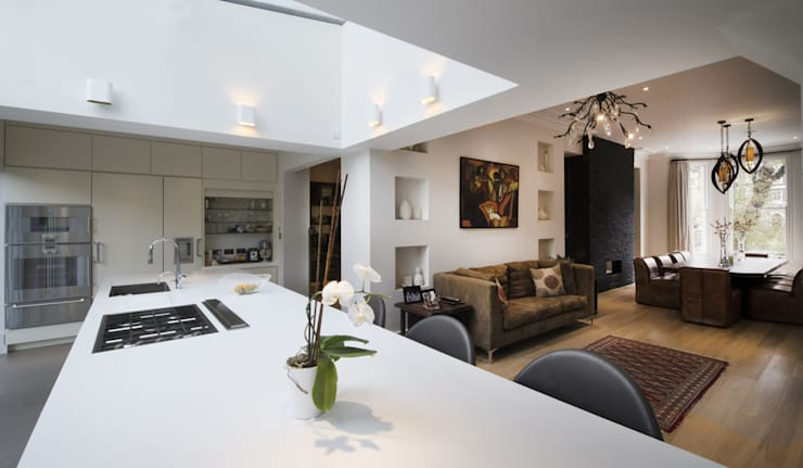 St James's Gardens, London:  Kitchen by Nelson Design Limited