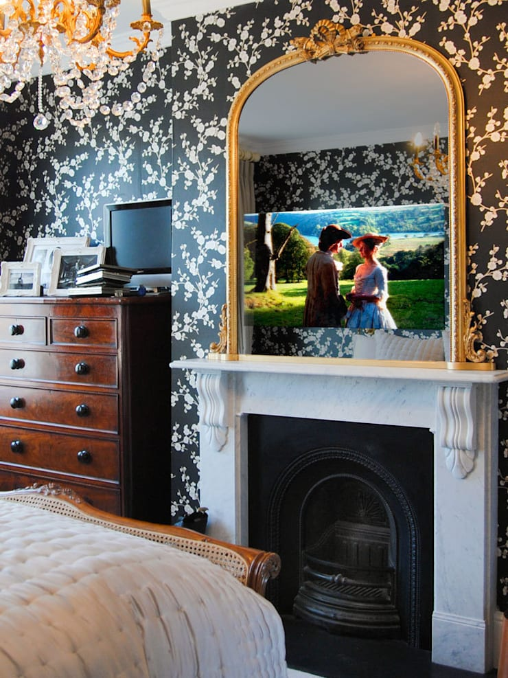 TV Mirrors:  Living room by Overmantels