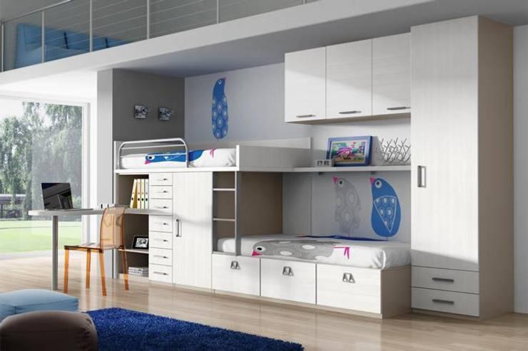 Projekty,  Pokój dla chłopca zaprojektowane przez Sofás Camas Cruces