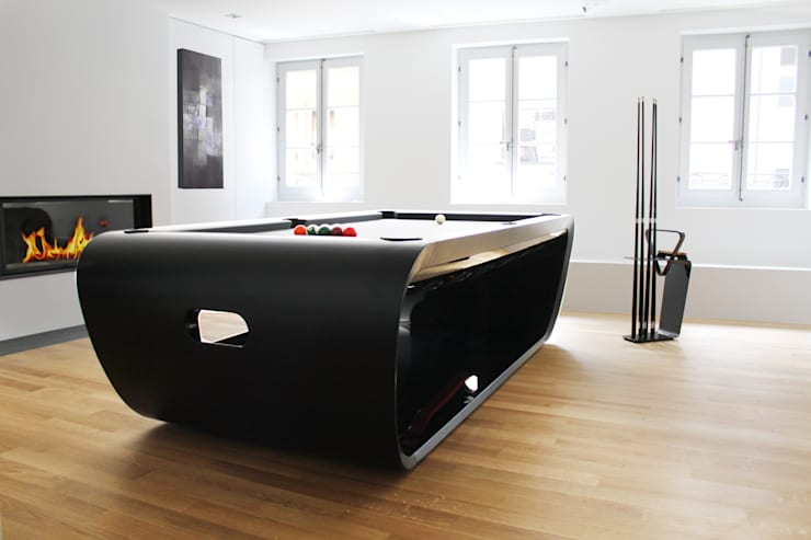 Blacklight Pool Table:  Multimedia room by Quantum Play