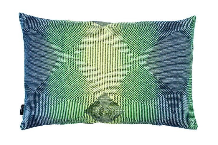 Lepidoptera fluo green: Maison de style  par NoMoreTwist