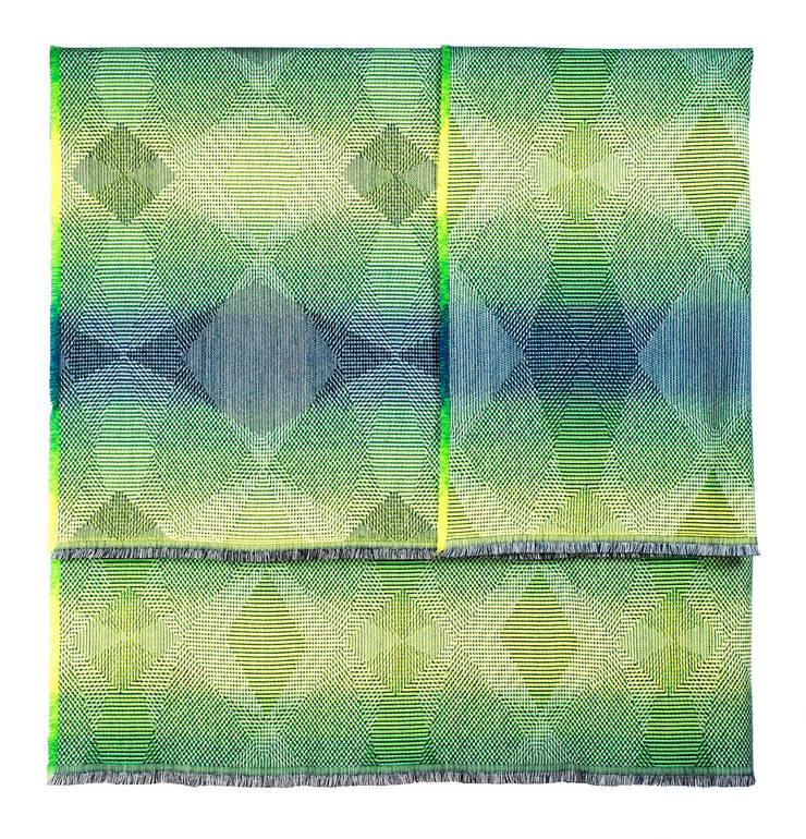 Lepidoptera fluo green Plaid: Maison de style  par NoMoreTwist