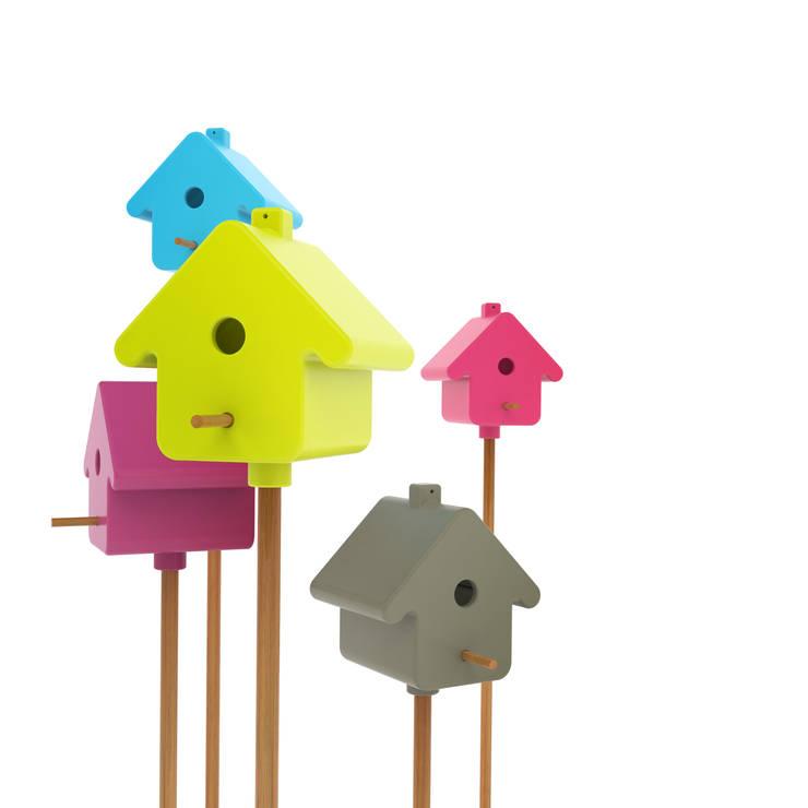 Сад  в . Автор – Birds For Design