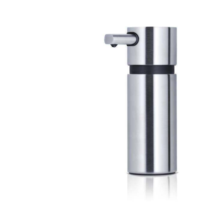 Seifenspender AREO - matt: moderne Badezimmer von Blomus