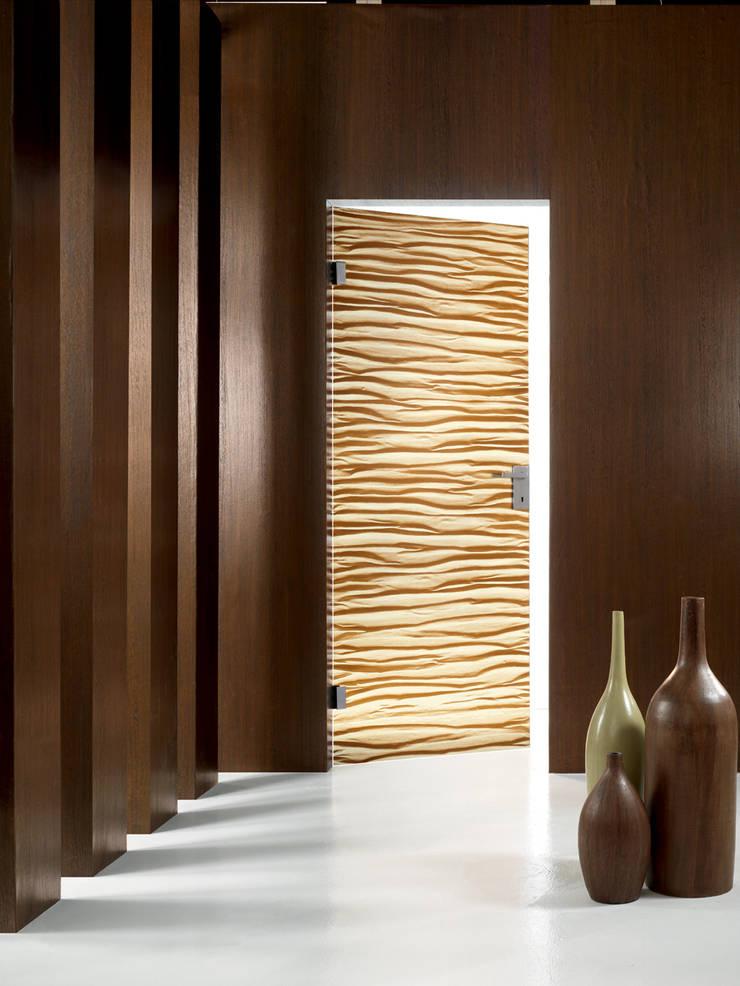 TUAREG : Finestre & Porte in stile  di IDEA di Marcello Gennari
