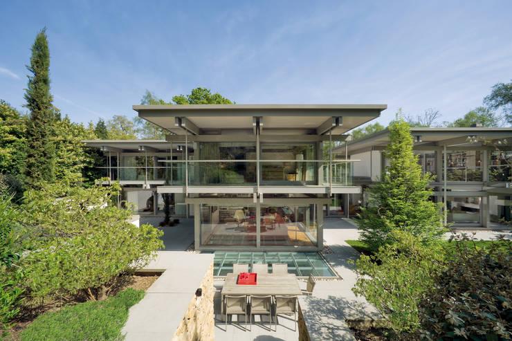 Huizen door HUF HAUS GmbH u. Co. KG