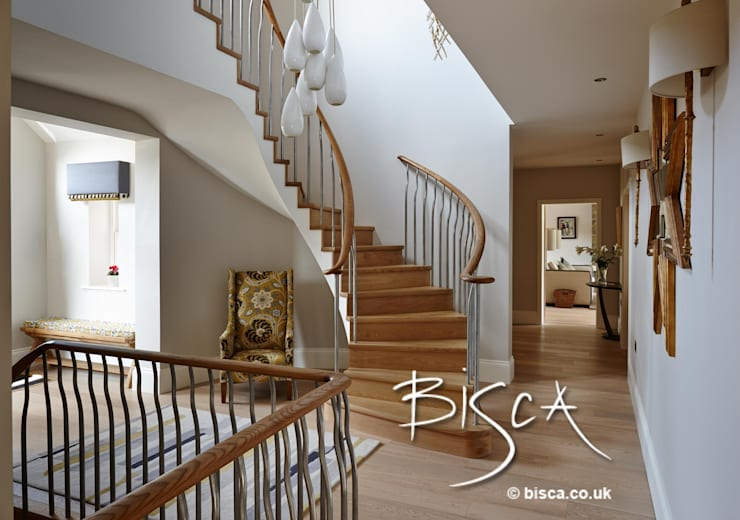 Semi Helix New Build Staircase:  Corridor & hallway by Bisca Staircases