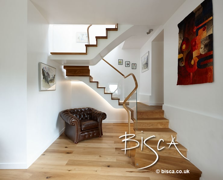 Corridor & hallway by Bisca Staircases