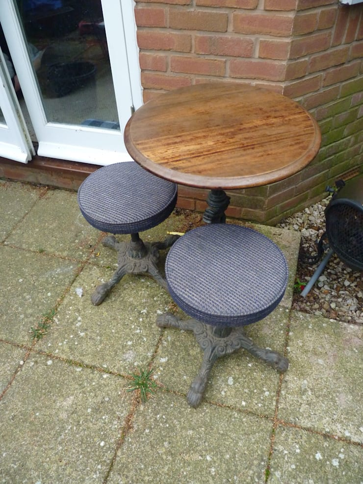 Victorian Bar Table and Stools:   by Stone Smart