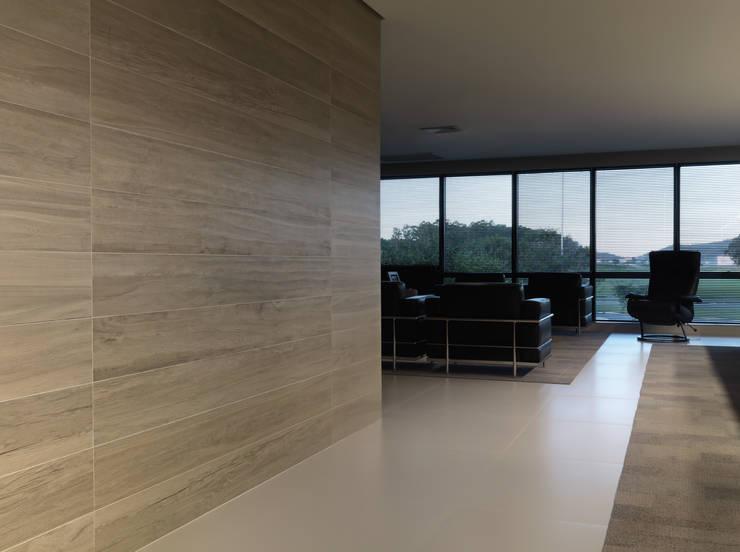Fábrica Portobello - Sala da Diretoria: Edifícios comerciais  por MarchettiBonetti+