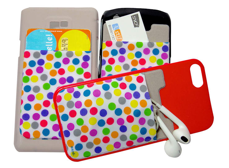 le iWallet, une pochette qui se colle à tous les téléphones pour y ranger vos cartes, oreillettes, tickets de métro… : Bureau de style  par anna's shop