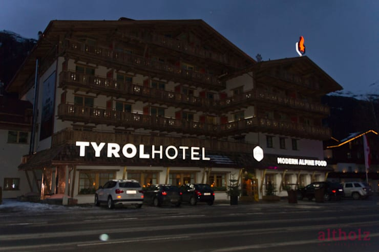Tyrolhotel – St. Anton am Arlberg von altholz, Baumgartner & Co GmbH ...