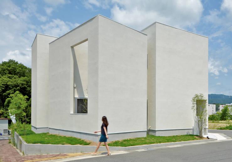 QUARTER HOUSE: METAPH建築設計事務所 / METAPH ARCHITECT ASSOCIATESが手掛けた家です。