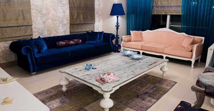 Chester:  Living room by Hconcept Interiors London Ltd.