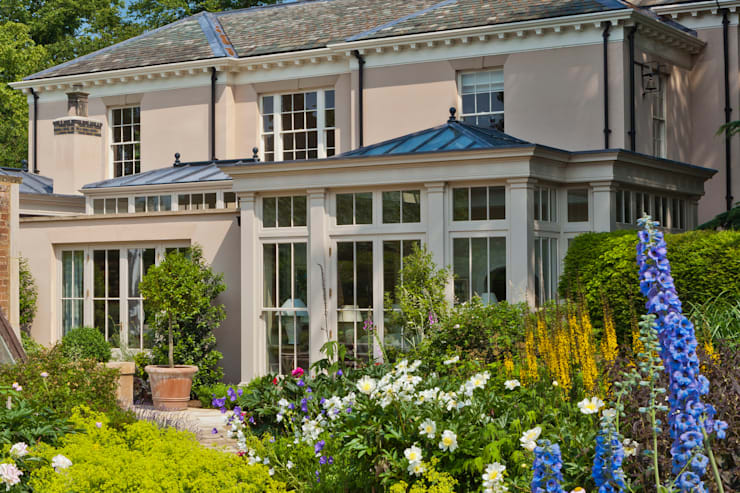Orangery with Bi-fold Doors:  Conservatory by Vale Garden Houses