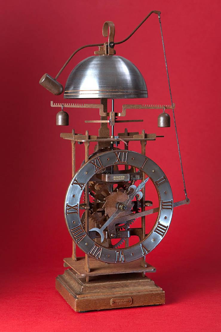Reloj completorium, esfera de hierro: Arte de estilo  de Relojes siglo XV Ardavin
