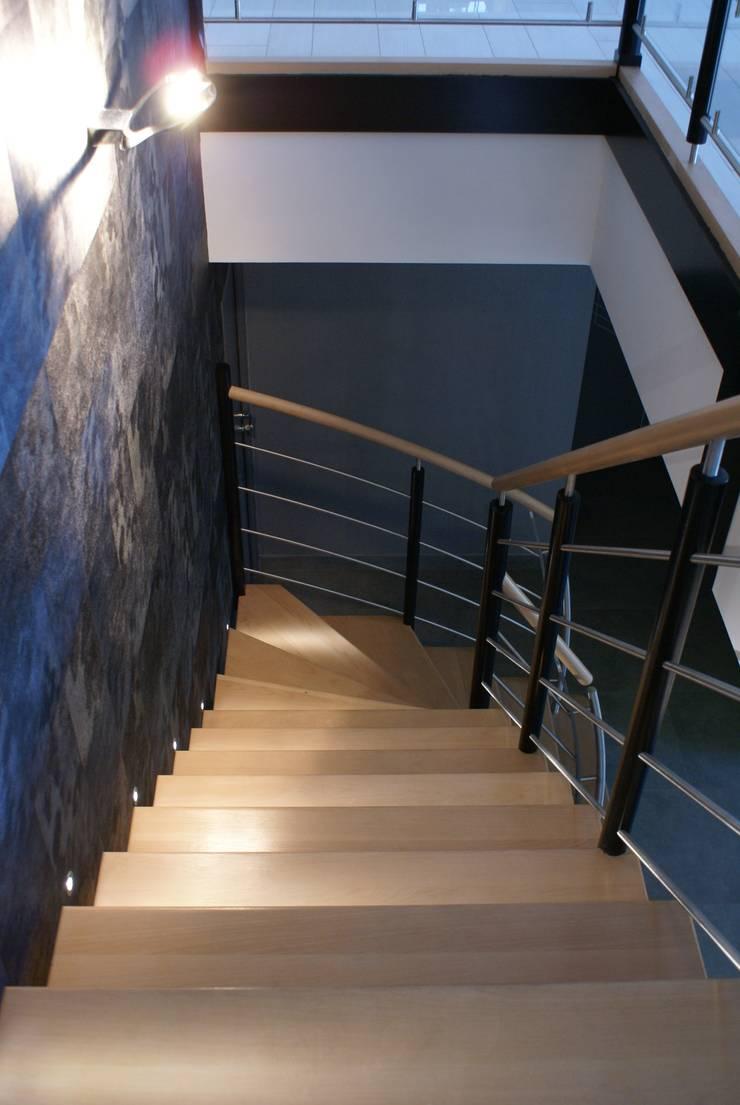 DP Agency Fougères:  de style  par Design Project Agency