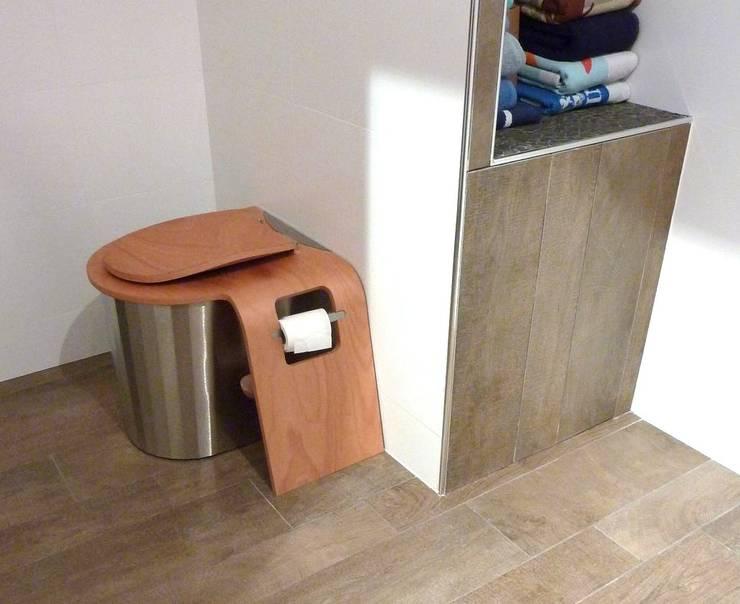 Toilettes Sèches:  de style  par Ecodomeo