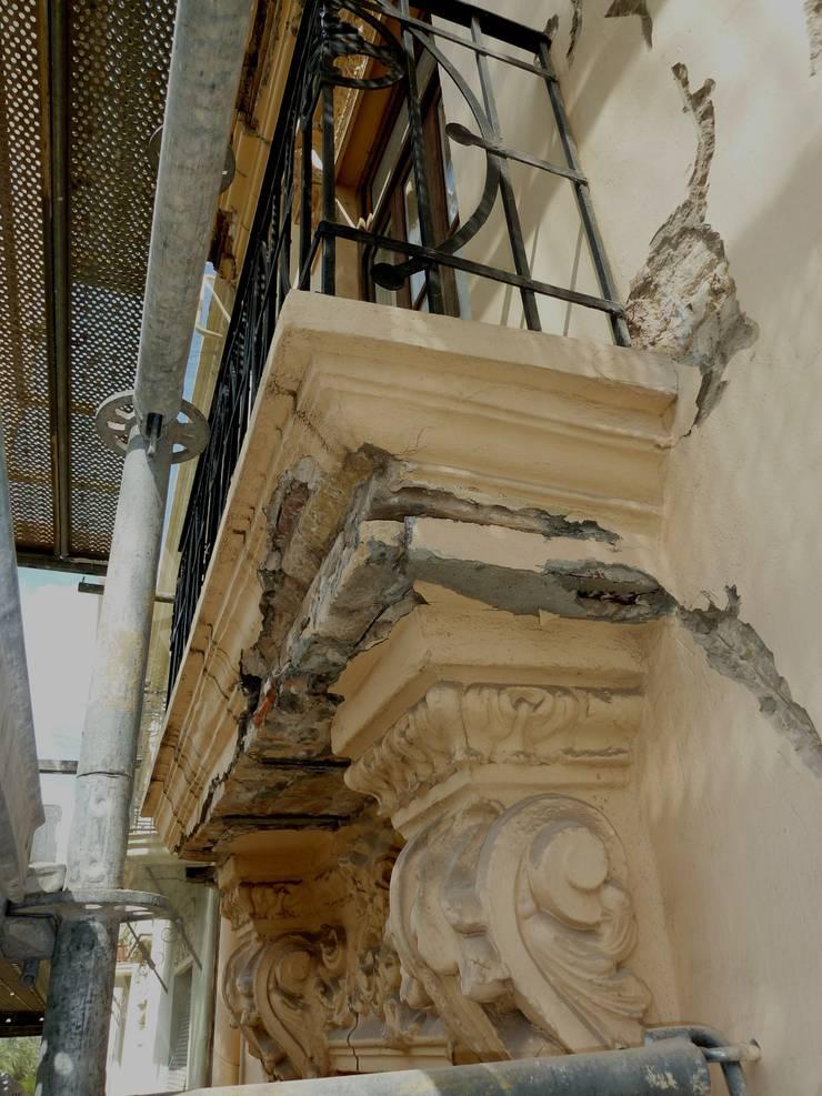SEGUIMOS APORTANDO BELLEZA A NUESTRA CIUDAD (VALENCIA): Terrazas de estilo  de ARG Arquitectos