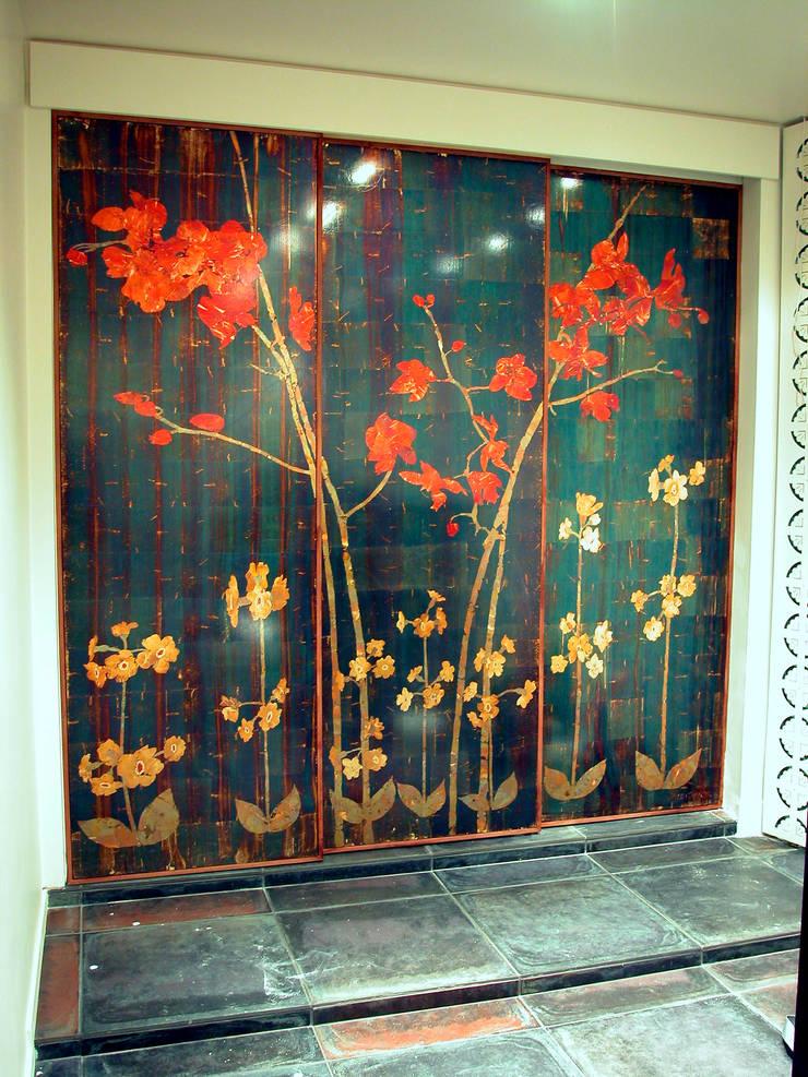 ORCHIDEE: Murs & Sols de style  par ULGADOR