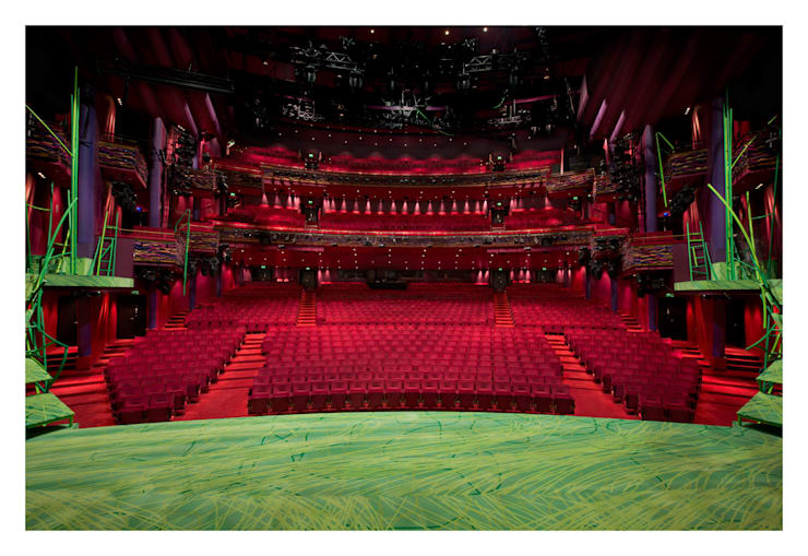 Referenz Musical/Theater/Kino: modern  von tfm timeless furniture manufacture,Modern