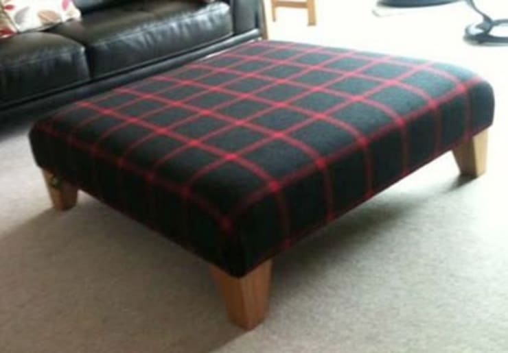 Cobby Dale Footstool:  Living room by handmade