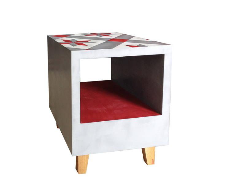 Table Alice: Salon de style  par BOBUN