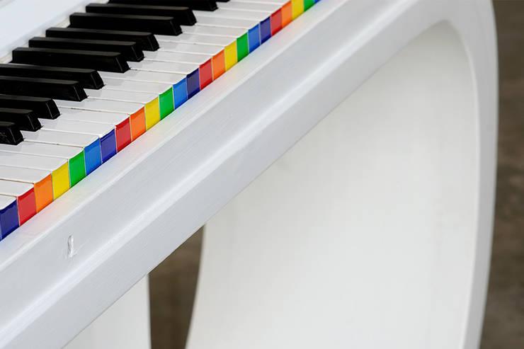 "Music&Color:  in stile {:asian=>""asiatico"", :classic=>""classico"", :colonial=>""coloniale"", :country=>""In stile Country"", :eclectic=>""eclettico"", :industrial=>""industriale"", :mediterranean=>""mediterraneo"", :minimalist=>""minimalista"", :modern=>""moderno"", :rustic=>""rustico"", :scandinavian=>""scandinavo"", :tropical=>""tropicale""} di Lacrime D'arte,"