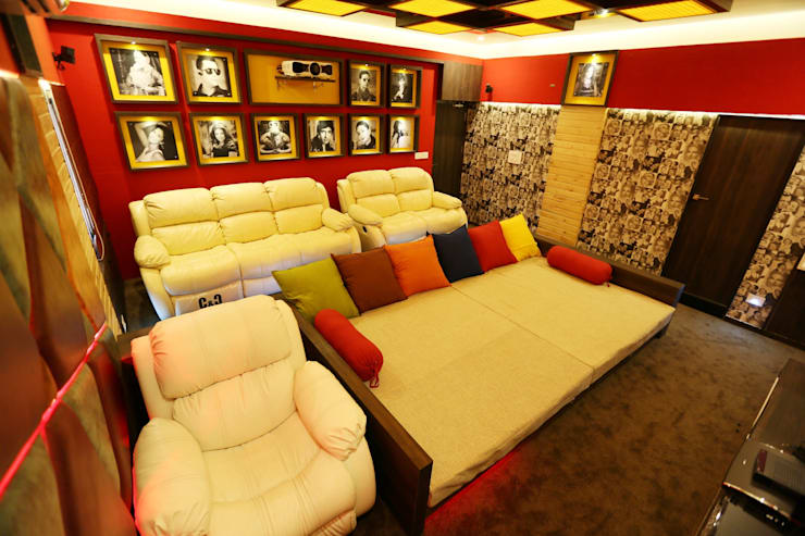 Home Theater: modern Media room by malvigajjar