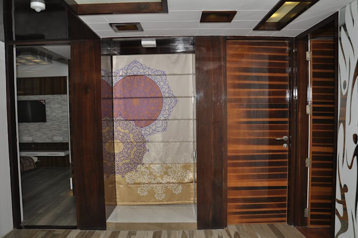 Designer Curtain:  Multimedia room by malvigajjar