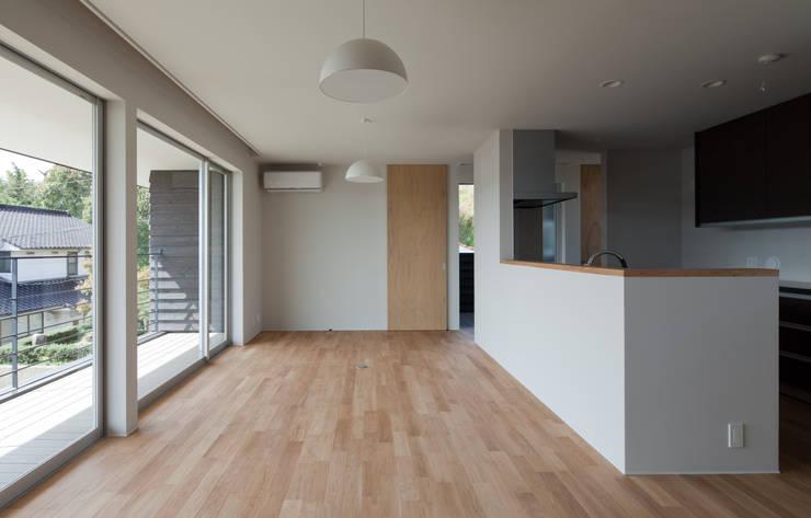 尾道の家: Studio Noaが手掛けた家です。