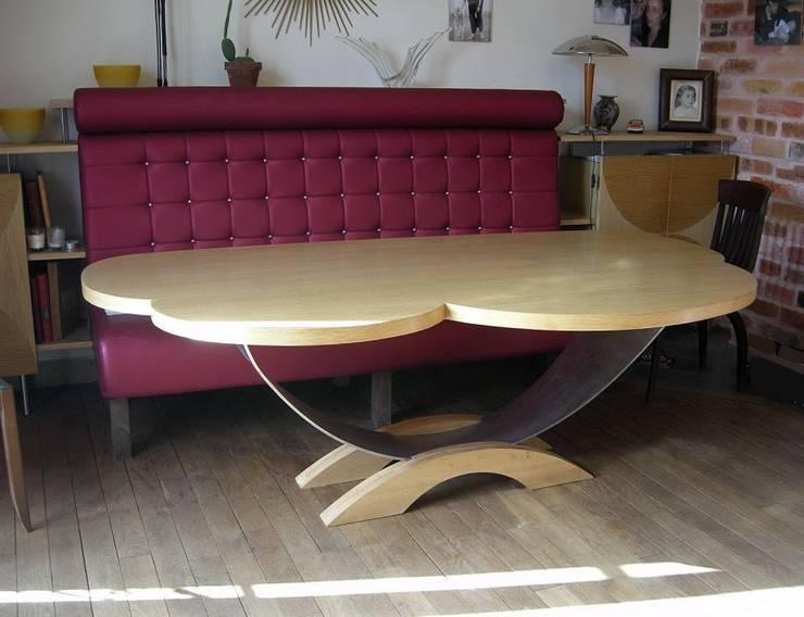 """table """"nuage"""": Salle à manger de style  par Philippe lachaise"""