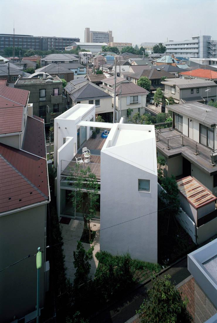 OUtside: 浅井アーキテクツ一級建築士事務所が手掛けたです。