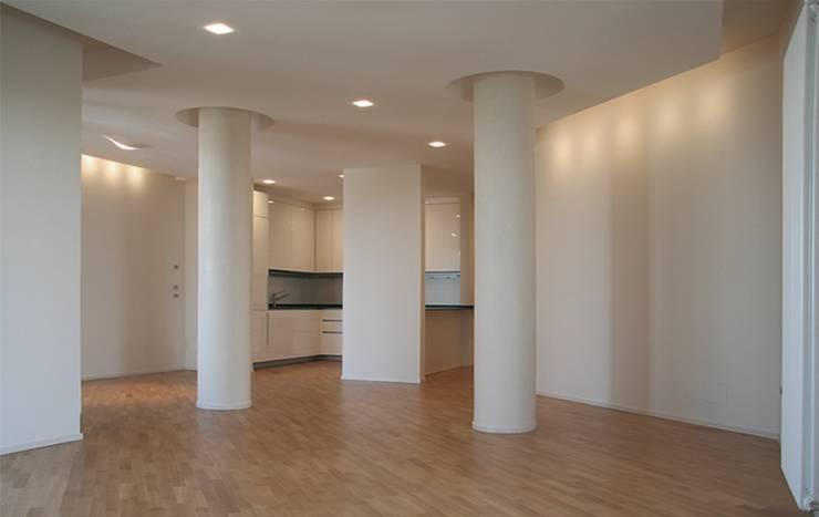 Casa AM: Cucina in stile  di Pier Maria Giordani Architetto, Moderno