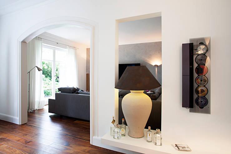 Einfamilienhaus :  Wohnzimmer von schulz.rooms