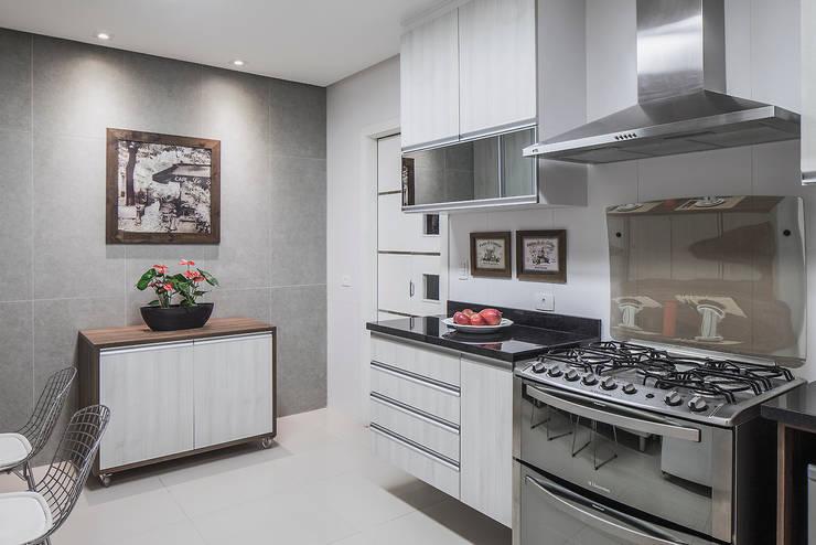 Cocinas de estilo  por Lúcia Vale Interiores