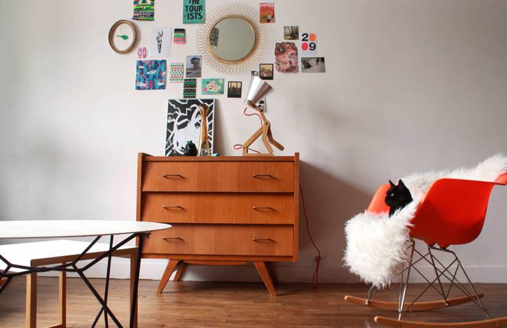 Lampe WAaf: Salon de style  par Pierre Stadelmann