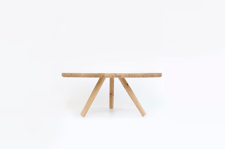 Coffee table: Cuisine de style  par atelier nauwau