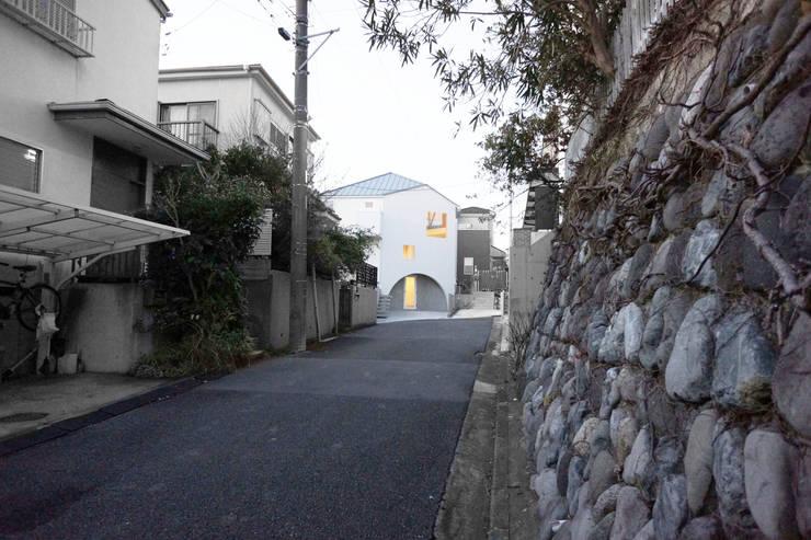 house on the hill: SHIOZAKI TAISHINが手掛けた家です。