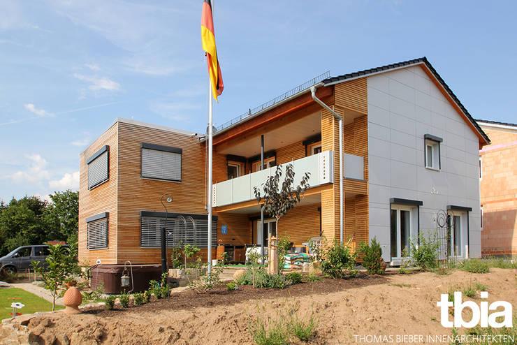 Außenansicht, Gartenseite:  Häuser von tbia - Thomas Bieber InnenArchitekten