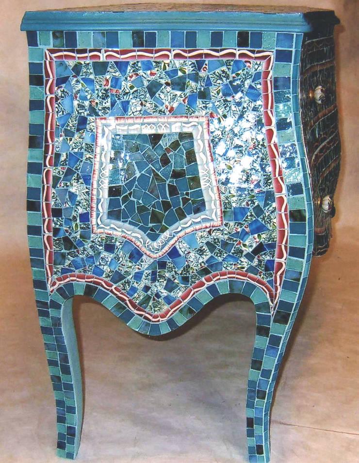 SAMARCANDE – commode sculpturale: Art de style  par Artiste Mosaïste-créatrice