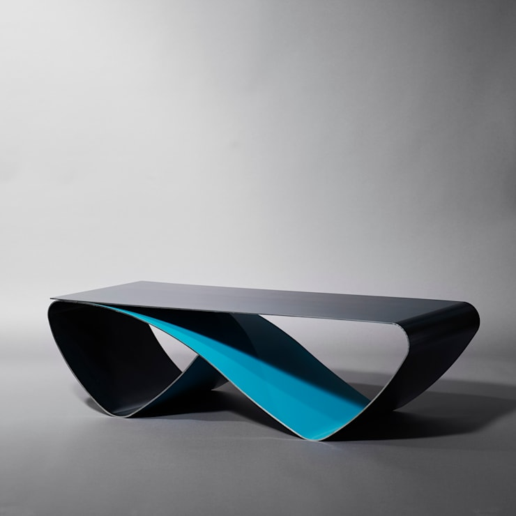 Table basse infini / Coffee table Infini: Salon de style  par Coco Steel