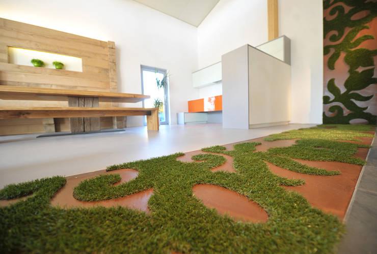 Floor and Wall Tatoo :   von Jeanet Hönig Design
