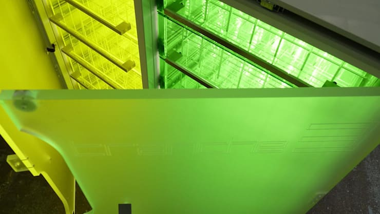 Mobilier: Salle multimédia de style  par G-SaraceniDesign
