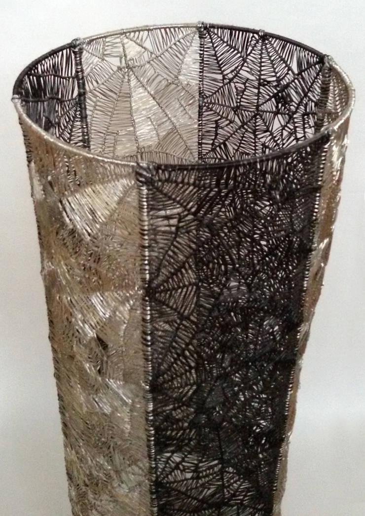 Colonne inox: Art de style  par Félicité L.