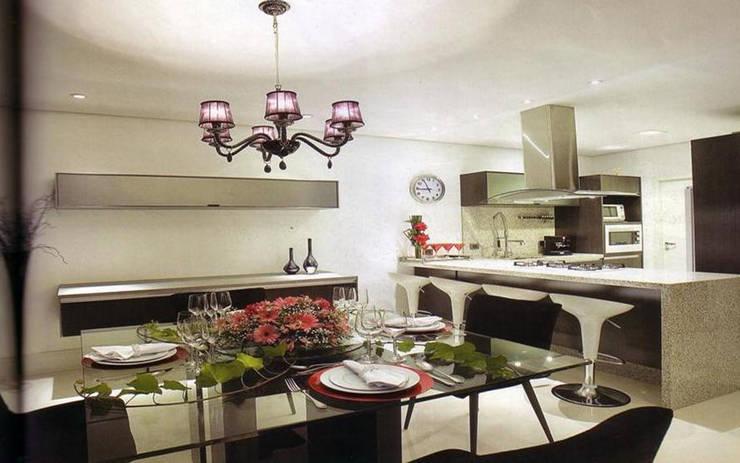 APARTAMENTO : Casas modernas por Bacha Furniture & Design