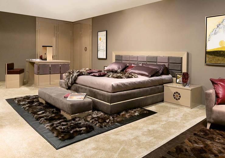 Bedroom Diamond - Mandala Mood:  in stile  di GCCOLOMBO,