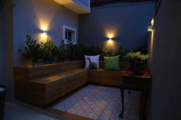 Terrace by Fernanda Chiebao- ARCHI